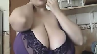 The BBW-Goddess - Alicia in Residence