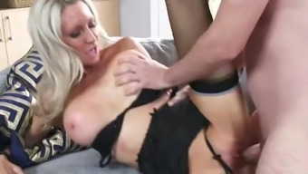 Slutty Step mom Emma Starr Gives Best Blowjob her thing to do son and can help himcum