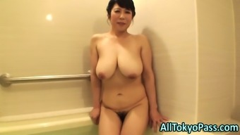Moving mature from asia tramp