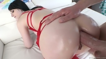 deepthroat BJ appointment winds up along with steamy analfuck by using spoiled Alex Harper