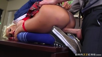 Beautiful School Love Fucked By Her Coach
