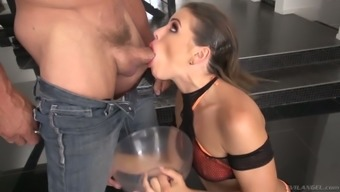Untouched nympho Adriana Chechik spits cum into portion pan after pissing within it