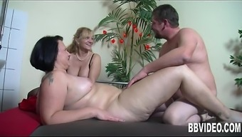 Great breasted grow older Plus-size woman german slag riding cock