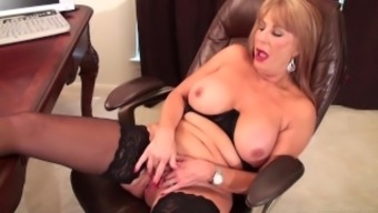 Slutty blonde Rae Hart mature dreams of requesting and playing with her pansy vid