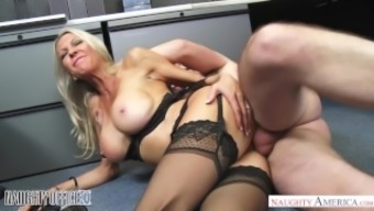 MILF Emma Starr seduces her assistant - Naughty Business office - Lively American