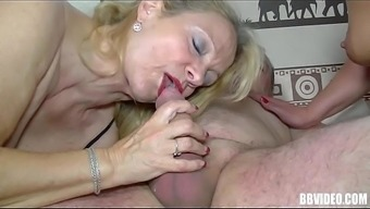 German milfs suck cock in threesome