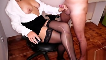 Sexy Secretary lets New Intern Cum on her Crossed Legs in Stockings